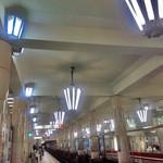 30369248 - 天王寺駅(地下鉄)。1938年より。 レトロな駅。昔は、レンガのトンネルもあった。