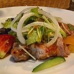 30369521 - 琉球豚肩ロースのグリル サワークリーム添えサラダ仕立て