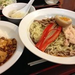 日昌園 - 玄米黒酢冷やし中華&半麻婆丼