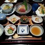 櫓庵治 - 味覚膳