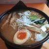 酒池肉林 - 料理写真:魚介豚骨ラーメン(こってり・中太麺)