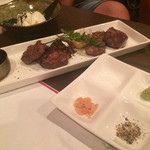 肉食酒場 garu - 丹波黒毛和牛のちょっと欲張り4種盛り(¥2000)