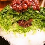 大阪浪花家 - 中にも餡子が入っています