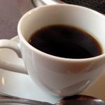 登正門 - ランチにコーヒーが付きます