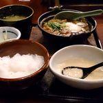 Torigen - 鶏すき焼き定食