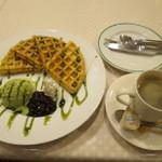 カノコ - 抹茶ワッフルとコーヒー