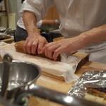 樋口 - お土産の穴子棒寿司(その2)