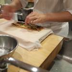 樋口 - お土産の穴子棒寿司(その1)