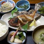お食事処 花よし - 焼き魚定食