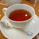 パティスリー グレゴリー・コレ - ☆温かい紅茶も美味しゅうございます(^o^)丿☆