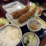 やぶ - 料理写真:ジャンボ海老フライ