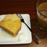 カフェ エニシ -