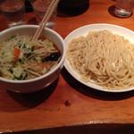 中華そば すずらん - 野菜つけ麺大盛り 1100円