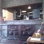 30415519 - カウンター&厨房