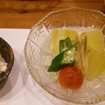 分田上 - すべて自家栽培の冬瓜、おくら、プチトマト、茗荷、優しいお出汁で!