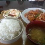 国際飯店 - 酢豚定食