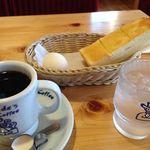 コメダ珈琲店 - ブレンドコーヒー420円、モーニング