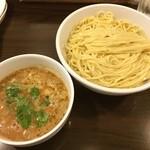 Tsurumen - 比内地鶏白湯つけ麺(大)
