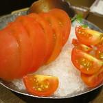 龍馬 軍鶏農場 - トマト2種盛り(\580-)