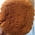 30441981 - バサバサで喉に詰まるような食感、甘さは後から来ます。