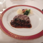 30444125 - 牛ヒレ肉ステーキのトリュフソース