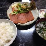 30449635 - ポーク(ランチョミート)定食