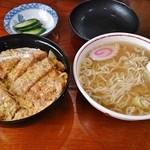 味よし - 料理写真:カツ丼(ロース)650円+半ラーメン150円