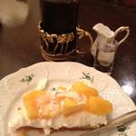 カフェ シャンソニエ アコリット - ケーキセット(950円)