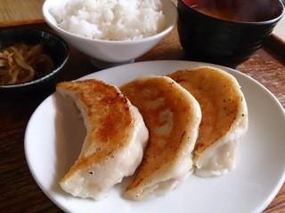 あおぞら銭函3丁め - 3粒餃子定食