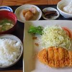 味どころなが野 - 料理写真:トンカツ定食