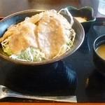 レストラン鈴音 - 黒豚スタミナ丼