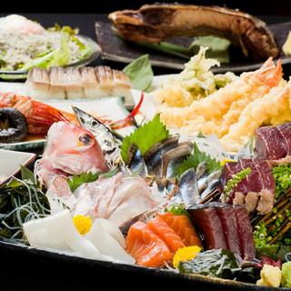 立ち飲み価格で本格的な天ぷら&魚介が自慢!