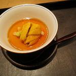 30474299 - 胡麻豆腐の餡掛け、唐津の赤雲丹と2