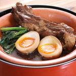 九州居酒屋 一丁目一番地 - 薩摩黒豚スペアリブの 煮込み