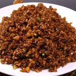 福満園 - 料理写真:大人気の黒チャーハン