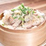 九州居酒屋 一丁目一番地 - 中標津豚と野菜の せいろ蒸し