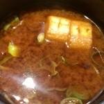 とんかつ ぴん 錦糸町テルミナ店 - 定食の味噌汁