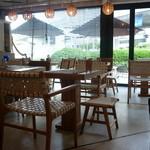 Micasadeco&Cafe - ソファ席からの眺め