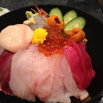 魚ごころ 季魚喜人 - 豪快漁師丼 2570円