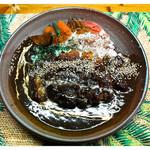 弱尊 - 「飛騨豚カツカレー」… 辛みと酸味と甘みのバランスの良いカレーです(2012)