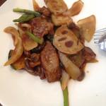 シーホワン - 牛肉と季節野菜のニンニク風味炒め