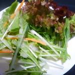 中国料理 新葡苑 - サラダはセルフサービス