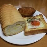 30492773 - ラウンド食パン(チーズ)半斤:クロックマダム:カレーパン
