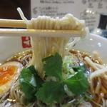和 dining 清乃 - 自家製の中細ストレート麺