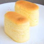 """パティスリー ザキ - ふんわりしっとり濃厚なチーズケーキ♪高さも魅力の""""フロマージュスフレ"""""""