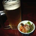 はら屋 - ビールにお通しはお魚の南蛮