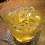 蕎麦懐石 無庵 - optio A30で撮影。自家製の梅酒。