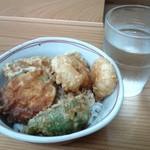 とす麺之介 - ミニ天丼380円