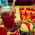 スリランカくまもと - アイスティとデザート