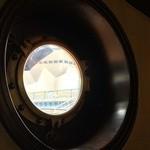 珈琲艇キャビン - 窓の外に橋が見えるから本当に船に乗って道頓堀川遊覧してるみたい♥︎